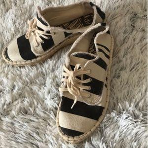 Dolce Vita Espadrille Striped Sneakers Size 10